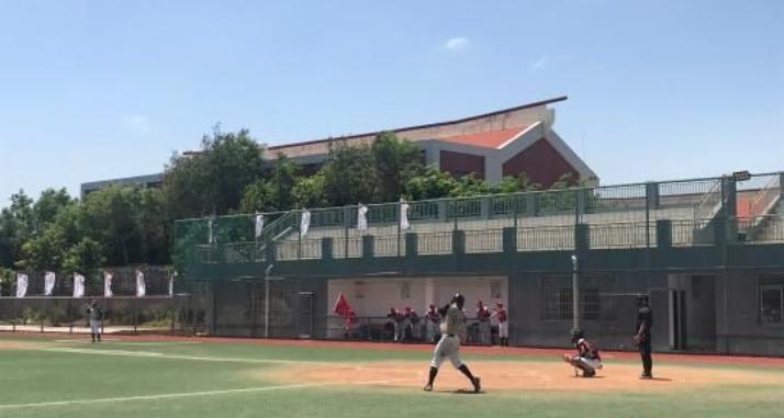 海峡杯棒球赛厦门开赛 300余名两岸青少年以球会友