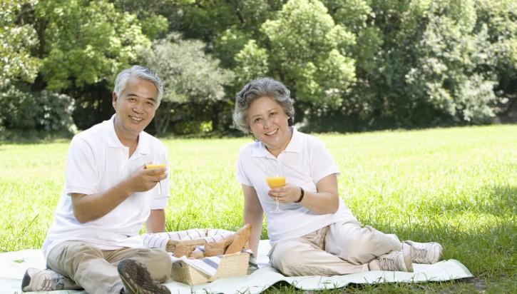 厦60岁以上老人再享幸福安康险 非户籍老年人可自行投保