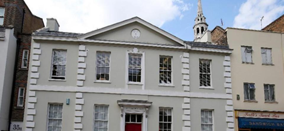 伦敦马克思纪念图书馆举行开放日活动纪念马克思诞辰二百周年